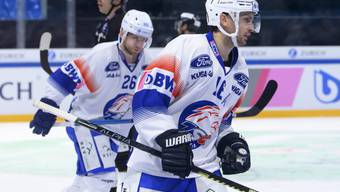 Marcus Krüger (vorne) bejubelt Zürichs 2:1 in Freiburg. Dieses Goal erwies sich als Gamewinner.
