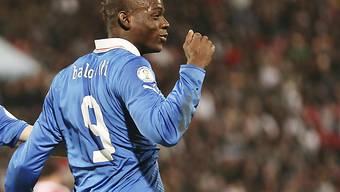 Mario Balotelli schiesst Italien an die WM