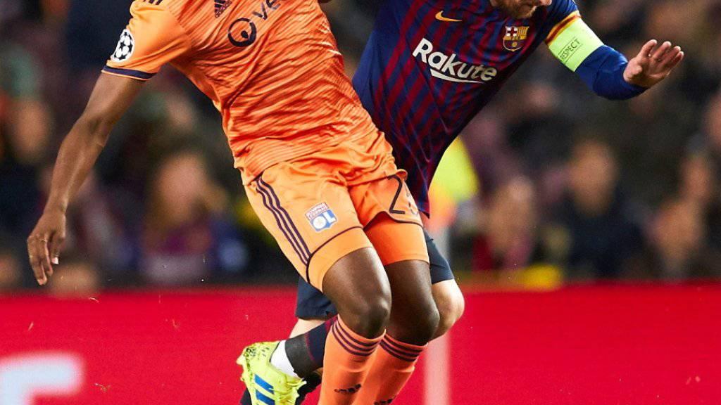 Zweikampfstark: Tanguy Ndombélé hindert Lionel Messi am Durchmarsch