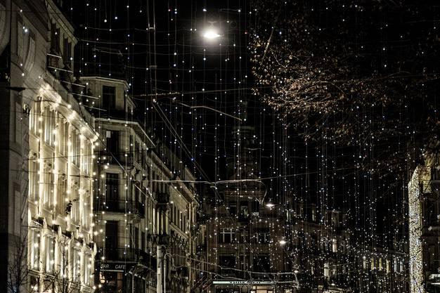 Erste Weihnachtsstimmungen in Zürich