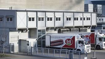 Beim Fleischverarbeiter Bell in Basel hat man sich für eine Verschiebung der Generalversammlung entschieden. (Archivbild)