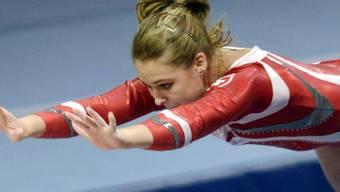 Giulia Steingruber beim Sprung