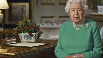 Königin Elizabeth II. hat die Briten in einer historischen Rede zum Durchhalten in der Coronavirus-Pandemie aufgerufen.