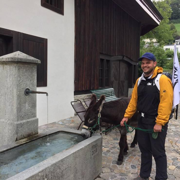 Zu Beginn in Lenzburg gab's bereits die erste Trinkpause.