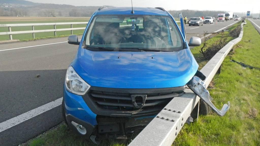 Beim Unfall auf der A7 wurde die Lenkerin leicht verletzt