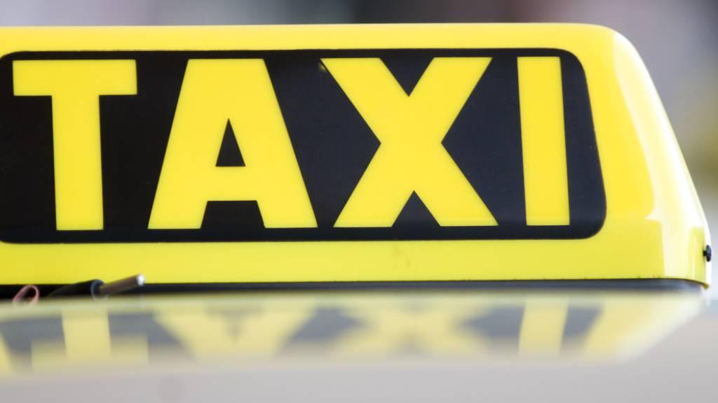 Wien zahlt in Corona-Krise Menschen über 65 Jahren Taxi-Freifahrten
