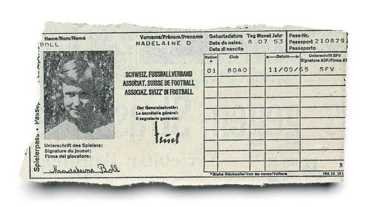 Ausriss aus dem «Blick» vom 22. September 1965: Die erste Lizenz von Madeleine Boll.