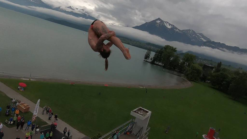 Spektakuläres High Diving in Thun
