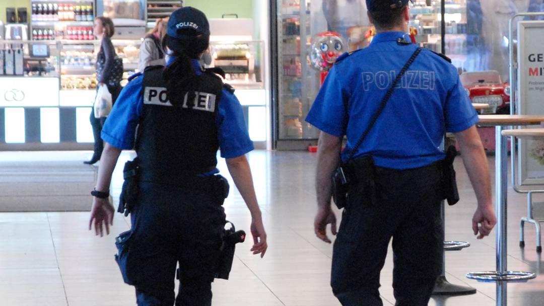 Stadtrat Reto Schmid und Polizeikommandant Martin Zulauf zur Polizeiarbeit in der Region Baden