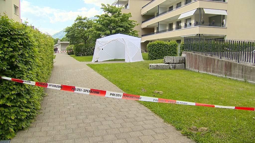 Junge Frau in Wohnung in Mollis erschossen