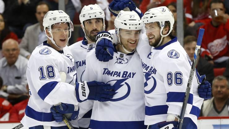 Joel Vermin und Tanner Richard müssen die Saison beim hochkarätig besetzten Tampa Bay in der AHL in Angriff nehmen.