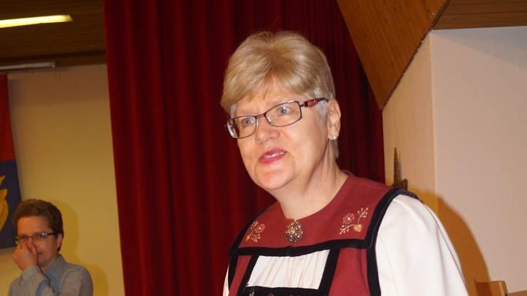 Maria Mariani war in der Spreitenbacher Sonntagstracht für  das leibliche Wohl der Besucher besorgt