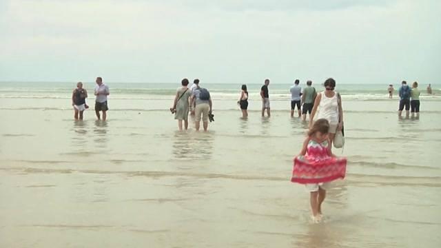 Tausende Menschen gedenken den Tsunami-Opfern