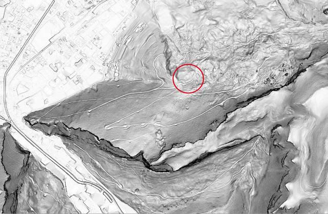 Das ist ein «Digitales Terrainmodell», also ein Laserbild der Landschaft. Der Ausschnitt ist derselbe wie bei der vorherigen Karte.