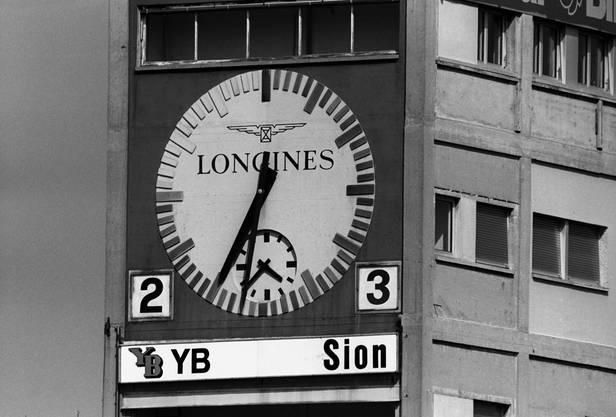 So sah die Matchuhr damals im Wankdorf noch aus.