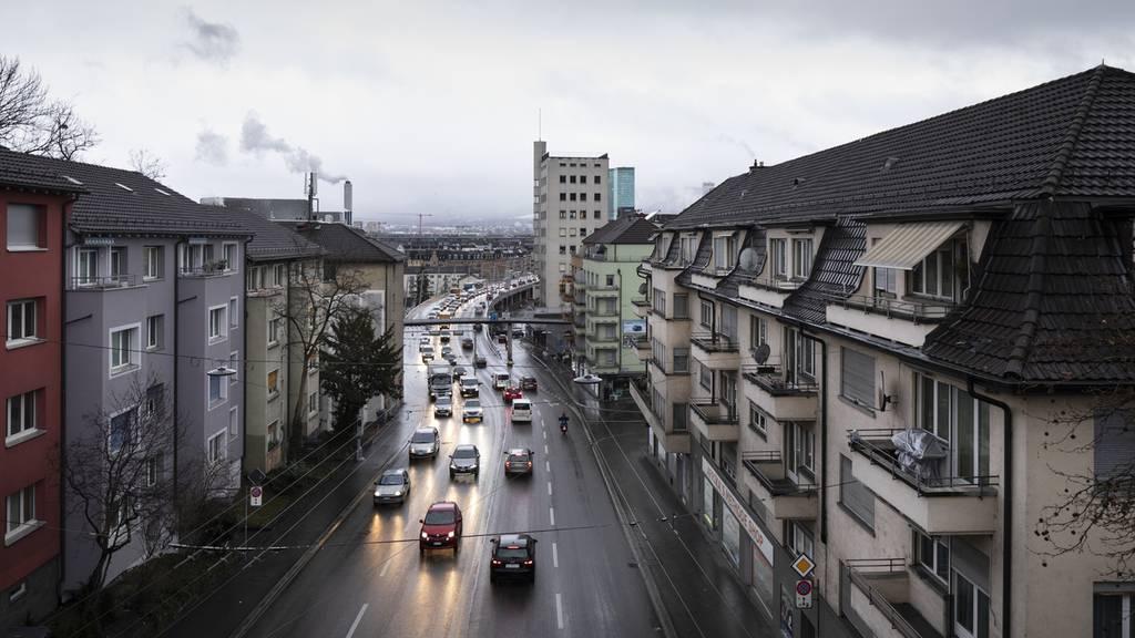 Auf Zürichs lautester Strasse soll Tempo 30 gelten