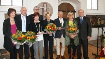Gruppenbild mit den Geehrten: Monica Fabbri-Edelmann, Osvaldo und Priska Vago, Peter Moser, Heidi Wanner, Peter Andres, Gabriela Rub und Roland Indermühle (v. l.).