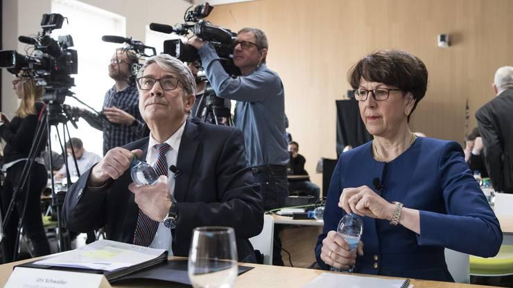 Urs Schwaller, Präsident des Verwaltungsrats, links, und Susanne Ruoff, CEO, erscheinen zu der Bilanzmedienkonferenz der Schweizerischen Post AG.