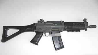 Symbolbild: Softair-Guns sehen Sturmgewehren täuschend ähnlich.