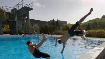 Damit Kinder sicher in das Freibad kommen, fährt der Badibus auch dieses Jahr wieder nach Koppigen