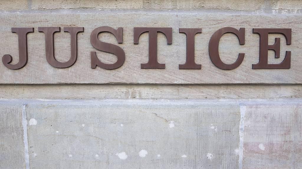 21-Jähriger in Moutier BE wegen Mordes verurteilt und verwahrt