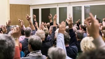 Gemeindeversammlungen dürften noch stattfinden - theoretisch.  (Symbolbild).