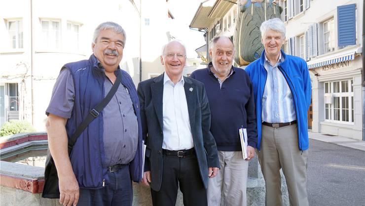 Die Stadtführer Ruedi Baumann, Rolf Bachmann, Max Werder und Ueli Steinmann (v.l.) auf dem Metzgplatz.