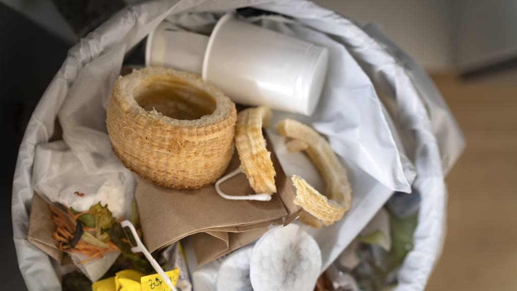 Gemeinde senkt Abfallgebühren, um sie drei Jahre später wieder zu erhöhen
