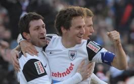 Die traumhafte Rückkehr zu seinen Wurzeln: 3. Februar 2013, Nach Abstechern zu Zofingen, Kriens, den Young Boys und dem FC Winterthur kehrt Sven Lüscher im Winter 2013 zu seinen Wurzeln beim FC Aarau zurück. Und wie: Gleich bei seinem Debüt schiesst er den FCA in der Verlängerung des Cup-Achtelfinals gegen den oberklassigen FC St. Gallen zum Sieg. Wenige Monate später steigt er mit Aarau in die Super League auf.