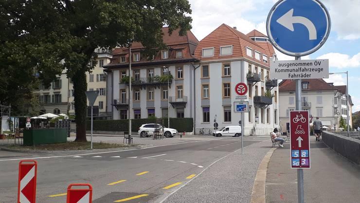 So präsentiert sich jetzt die Situation für jene Fahrer, die von der Römerstrasse Richtung Postplatz fahren.