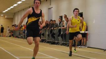 Silvan Wicki (l.) im 60-Meter-Lauf gegen Klubkollege Alexander Ham.RSB