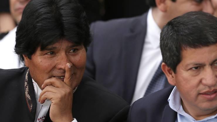 Der Präsident Boliviens, Evo Morales (links), mit seinem Aussenminister Clarems Endara Vera beim Mercosur-Gipfel in Brasilien.