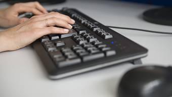 Ein Vereinbarkeitssimulator soll Arbeitnehmenden dabei helfen, die Work-Life-Balance zu verwirklichen. (Symbolbild)