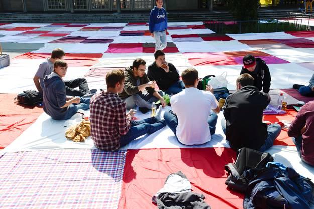 Rund 300 picknickten insgesamt