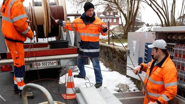 Wie in der Gemeinde Derendingen (Bild) sollen nun auch in Gontenschwil Glasfaserkabel verlegt werden.