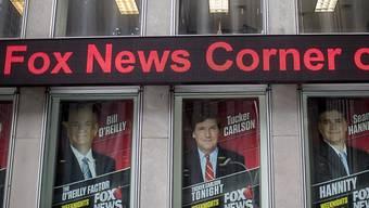 Das Kabelgeschäft zumindest brummt beim Medienkonzern 21st Century Fox. Der US-TV-Sender Fox News profitiert von hohen Einschaltquoten wegen des Rummels um US-Präsident Donald Trump. (Archivbild)