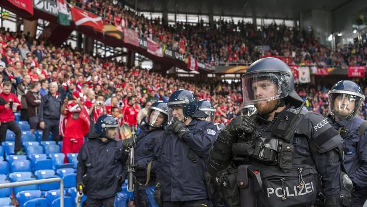 Über Tausend Polizisten standen im Einsatz – viele fühlen sich von ihren Vorgesetzten wenig wertgeschätzt.