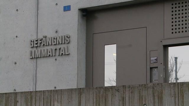 Gefängniswärterin brennt mit Insasse durch