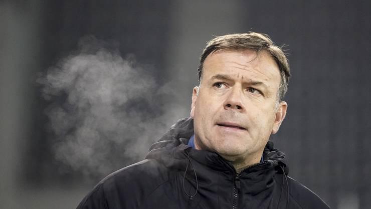 Der Baselbieter führte den FC Aarau in der ersten Saison nach miserablem Start noch in die Barrage. Dort vergeigte das Team ein 4:0 nach dem Hinspiel gegen Xamax. Zwei Tage nach der 1:4-Niederlage in Kriens (am 8. Juli 2020) wurde Rahmen entlassen. Sein Nachfolger heisst Stephan Keller.