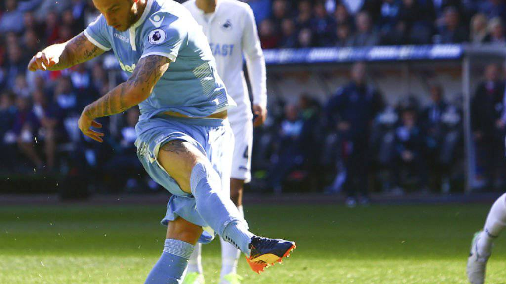 Marko Arnautovic schiesst den Penalty übers Tor
