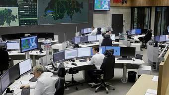 Der Zutritt und das Fotografieren sind verboten: Die Stromnetzleistelle im neuen Hauptsitz der Schweizer Netzgesellschaft Swissgrid in Aarau. Die Mitabeitenden stehen rund um die Uhr im Einsatz.