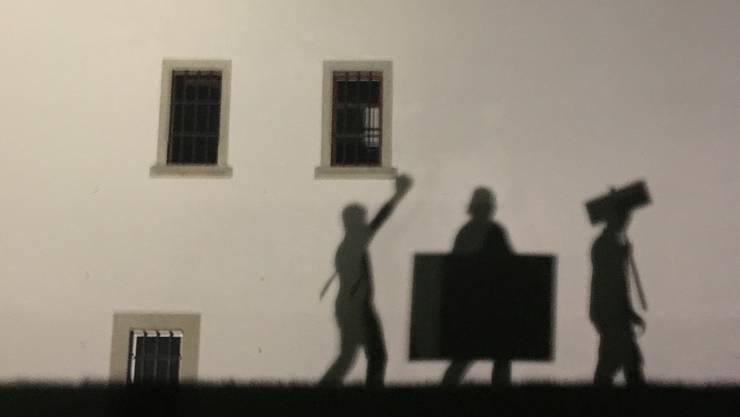 Auf gehts: An der Kantonsschule Baden, Wettingen und Wohlen führte die Juso in der Nacht auf Donnerstag ihre nächtliche Protestaktion aus.