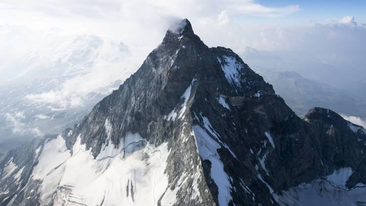 Seine Verehrer kann man sich bekanntlich nicht aussuchen - das gilt auch für das Matterhorn, an dem offensichtlich auf die rechtspopulistische Partei AfD gefallen findet. (Symbolbild).