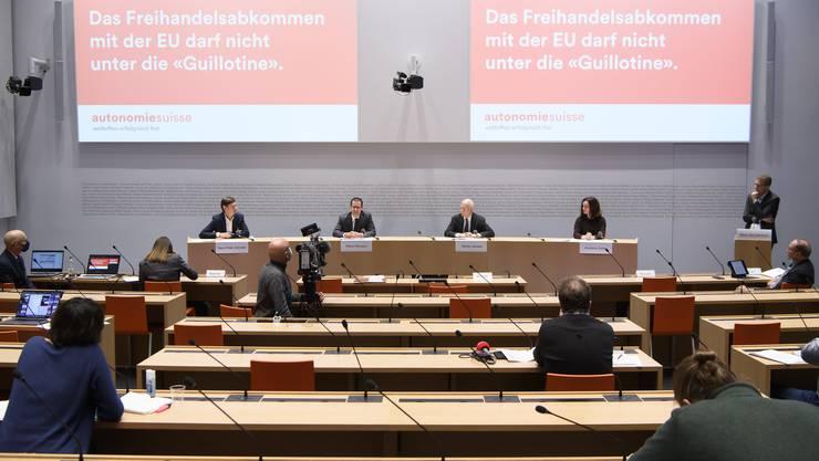 Die Vertreter von Autonomiesuisse fordern Verbesserungen bei den Souveränitätsfragen des Rahmenabkommens.