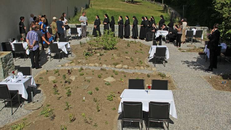 Bei wunderbarem Sonnenschein fand die Einweihung des erweiterten Gartenrestaurants statt. zvg