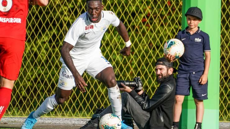 Wie viele U21-Teams (im Bild ein Akteur des FC Zürich) sollen künftig in der Promotion League mitspielen dürfen? (Bild: Freshfocus).