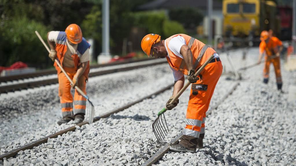 Zwischen St.Gallen und St.Gallen-Winkeln gibt es wegen des Schienenunterhalts Bauarbeiten (Symbolbild).
