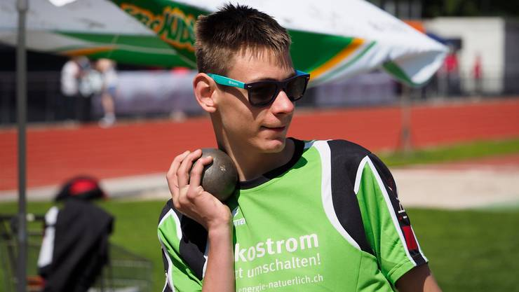 Fabian Kamber vom Behindertensportclub Wohlen-Lenzburg beim Kugelstossen. Stefan Adam/zvg