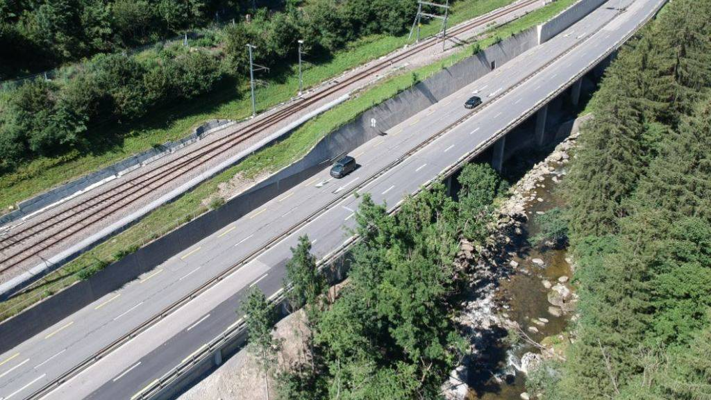 Der Kanton Schwyz sucht für die Strecke Biberbrugg-Feusisberg nach einer neuen Veloweglösung.