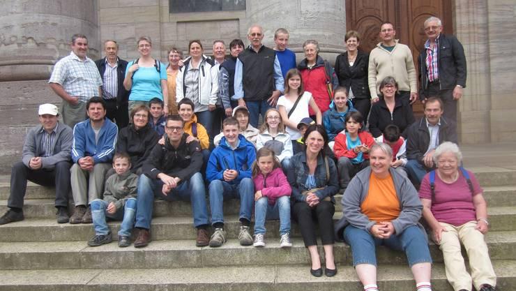 Samariterverein Gipf-Oberfrick vor dem Dom in St.Blasien